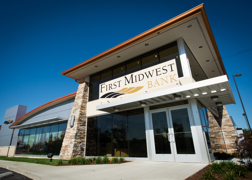 the pivot initiative at midwest bank 1q what conclusions can you reach on the importance of team preparation and member selection to the define stage, and eventual success of six sigma projects, such as the pivot.